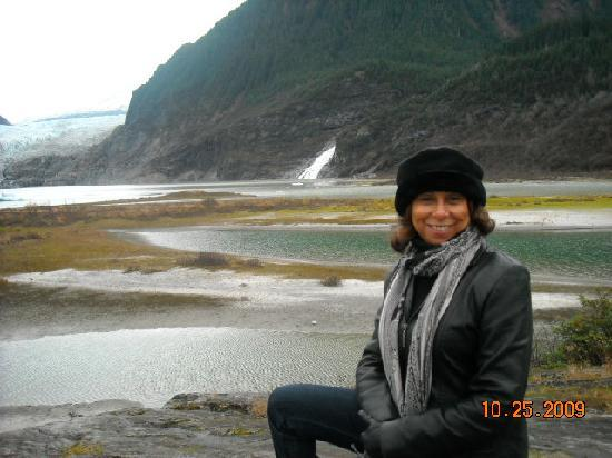 Pearson's Pond Luxury Inn and Adventure Spa: The Mendenhall Glacier was breathtaking