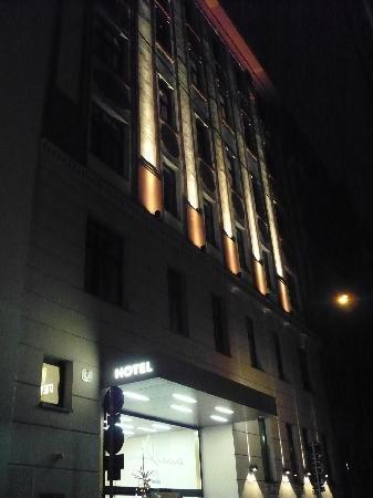 Alma Boutique-Hotel: la facciata dell'hotel
