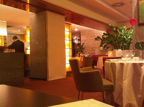 Novotel Milan Nord Ca Granda: the restaurant of the hotel