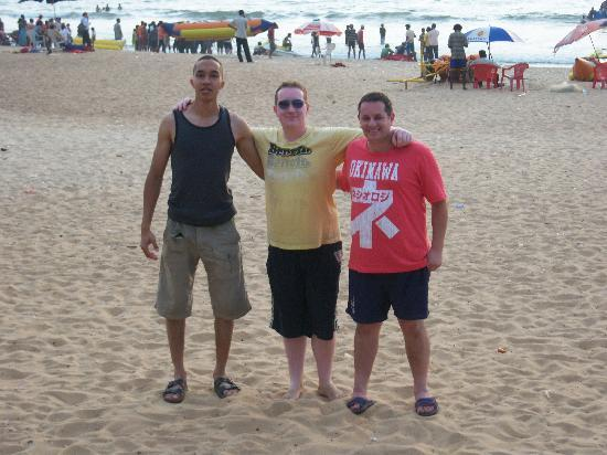 Falcon Resorts: Us, the 3 amigos on the lively beach