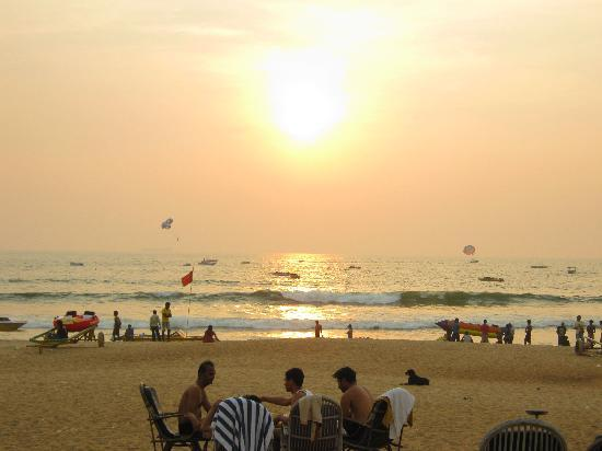 Falcon Resorts: Dusk on the Goan sands