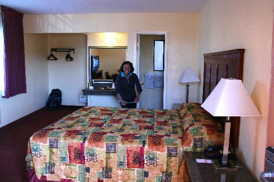 Marina Inn and  Suites: our room