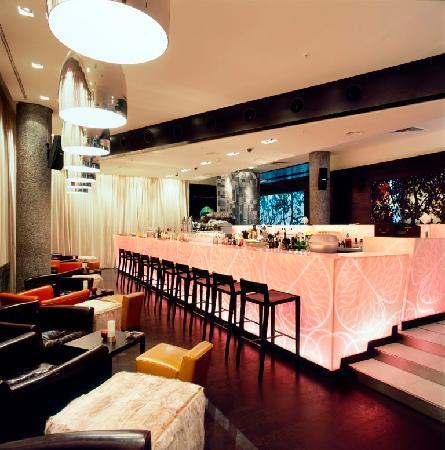 Apple Bar and Restaurant: Apple Bar