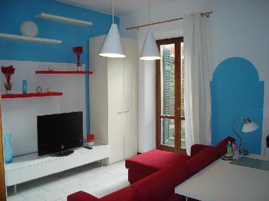Fragolino Bed And Breakfast: studio saloon