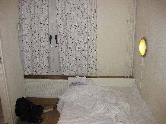 Barbacan Hotel Amsterdam: Room