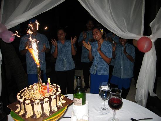 Villa Simha Bali : Geburtstagsständchen