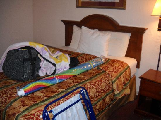 Days Inn Myrtle Beach-Beach Front: first bedroom