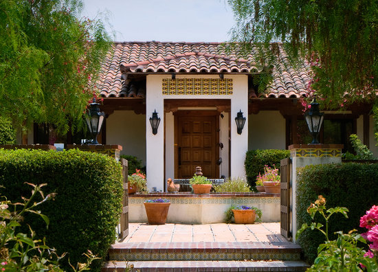 Main entry to The Casitas of Arroyo Grande