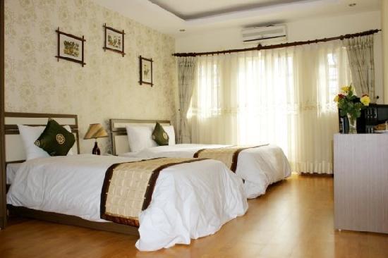 Hanoi Silver Hotel: Family Room