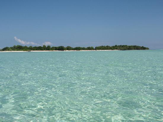 The Reef Dive Resort : Laguna e Mataking Kecil