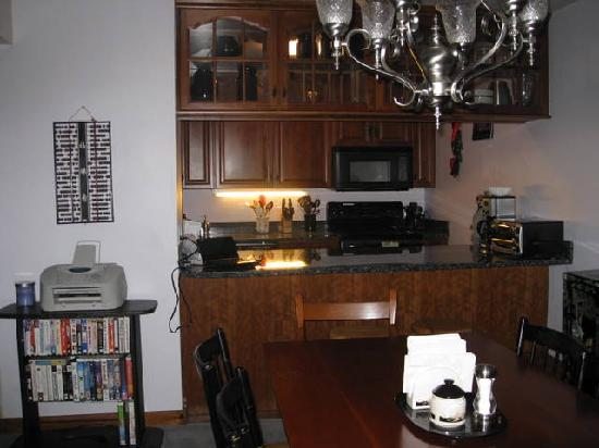 Trail Creek Condominiums: kitchen dining room