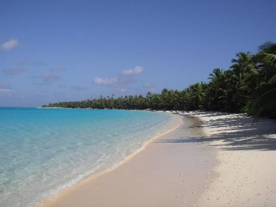 Cocos Village Bungalows: Direction Island