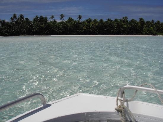 Cocos Village Bungalows: Gita con Pirus