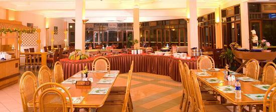 Comfort Hotel & Resort Tanjung Pinang: Restaurant