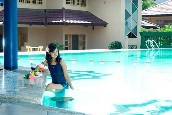 Comfort Hotel & Resort Tanjung Pinang: Swimming pool