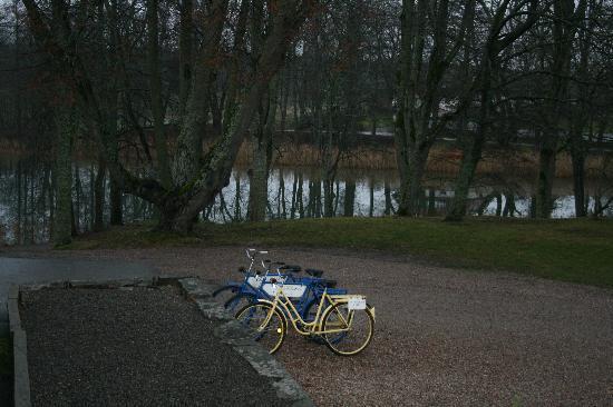 Yxtaholm Slott: Bicycles for Rent