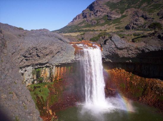 Copahue, Argentina: Cascada del rio Agrio