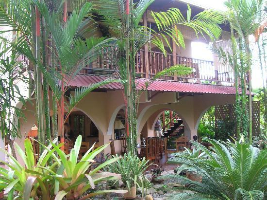 El Encanto Inn: under the eaves
