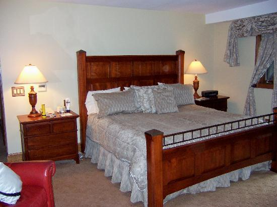 Chetola Resort at Blowing Rock: Luther Snyder Room