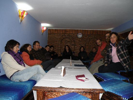 Casa Annasr: Este es el apartado que tiene para reuniones mas intimas