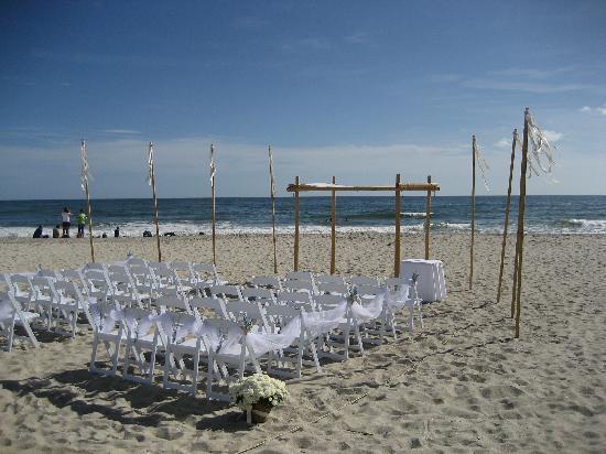 The Winds Resort Beach Club: A Wedding On The Beach