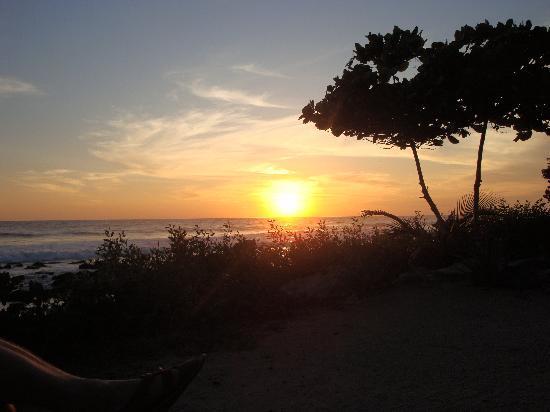 Regalo del Mar Vacation Inn: Sunset from from Regalo de Mar