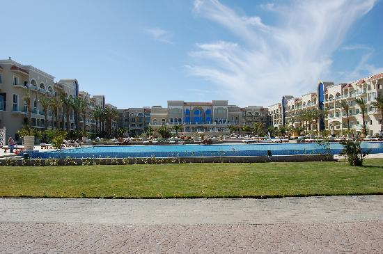 Premier Le Reve Hotel & Spa (Adults Only): View from beach