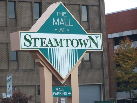 ‪The Marketplace at Steamtown‬