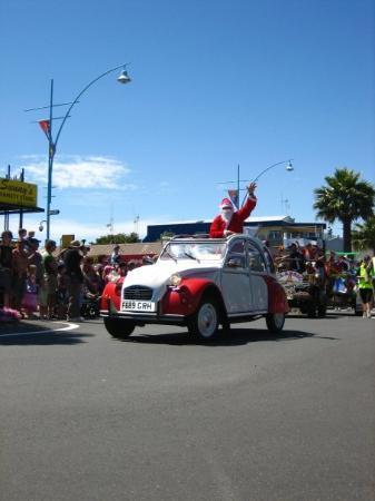 Papamoa, นิวซีแลนด์: santa parade.