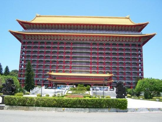 Grand Hotel Taipei The A 5 Star Overlooking From