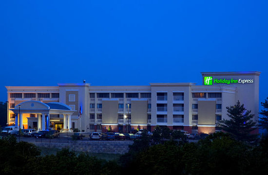 Holiday Inn Express Cincinnati West: Cincinnati Hotel Holiday Inn Express West