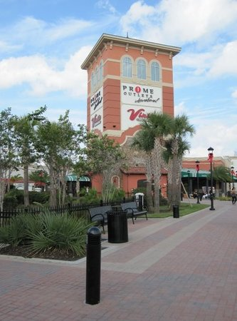 Prime Factory Outlet Mall is a mall and is nearby to Vineland, Hidden Valley Mobile Home Park and City of Lake Buena Vista Trailer gassws3m047.ga Factory Outlet Mall is also close to Little Lake Bryan, Crossroads Shopping Center and Lake Ruby.