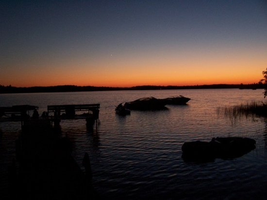 Minocqua, Висконсин: Our beautiful sunset at our cabin; the best place i have ever been.