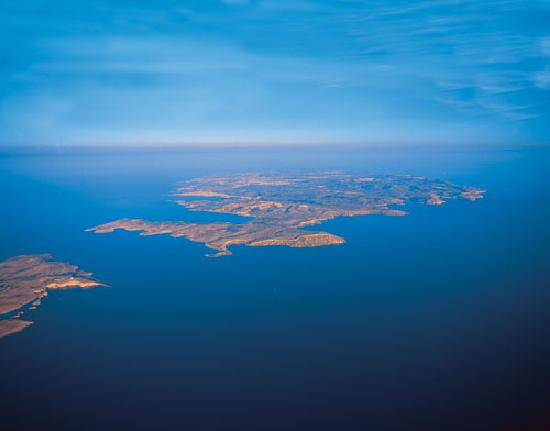 Ghajn Tuffieha Bay : Island of Malta from 5000 ft.