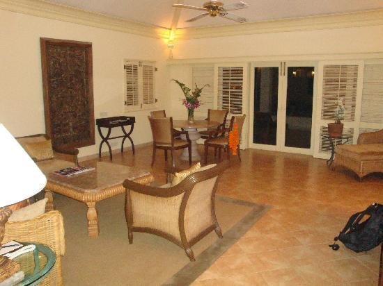 The Leela Goa: Suite Wohnbereich