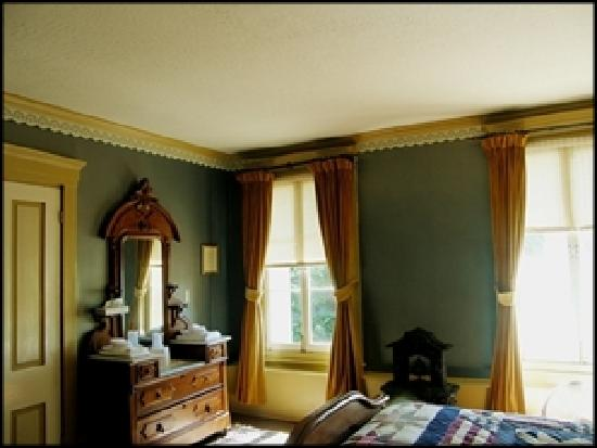 The Murphys Historic Hotel: Our President's Suite starts at $99/night