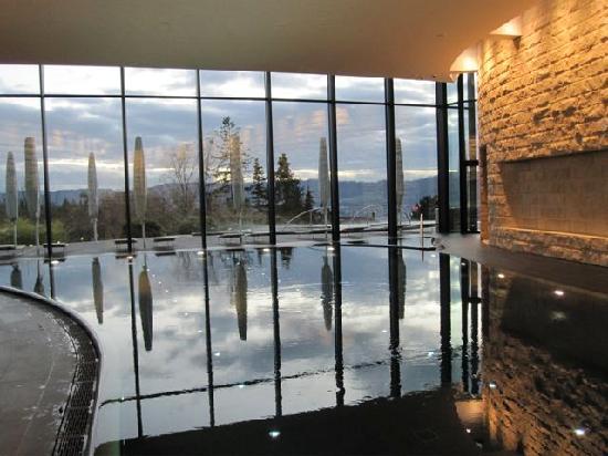La piscine picture of the dolder grand zurich for Piscine zurich