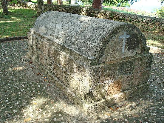 Rose Hall, Jamaica: Annie Palmer's grave