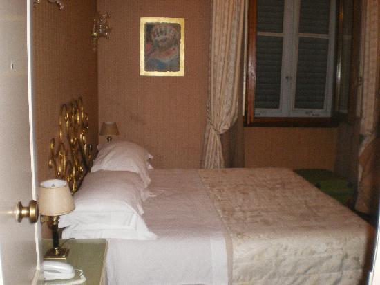 De Rose Palace Hotel: Vista de la habitación 1