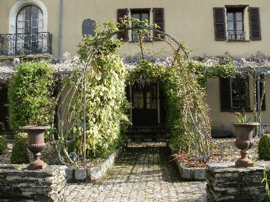 Le Clos des Guibouleraies : The Garden