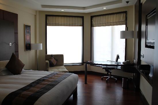Novotel Mumbai Juhu Beach: Premium Club Room