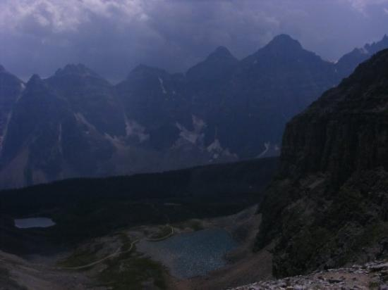 Moraine Lake: passing the lower and upper Minnestima lakes