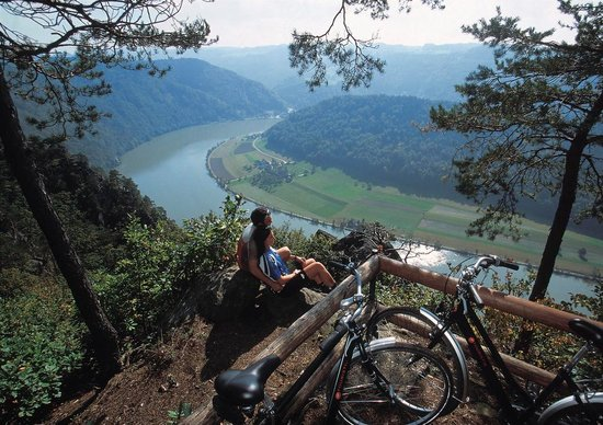 Alta Austria, Austria: Donauradweg bei Schlögener Schlinge