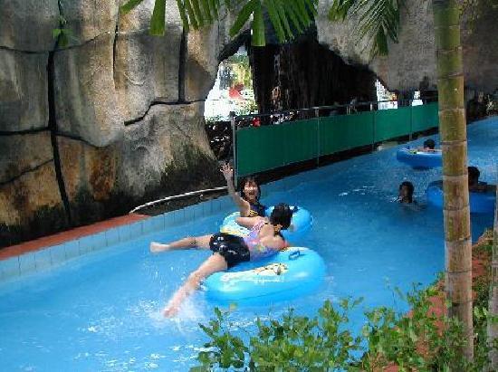 Dam Sen Water Park: the wwater park