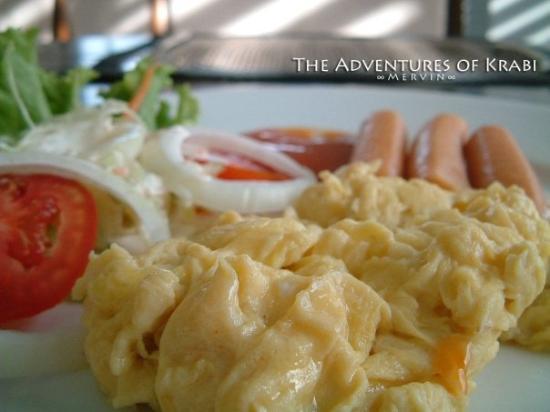 Aree Tara Resort: Scramble eggs as breakfast