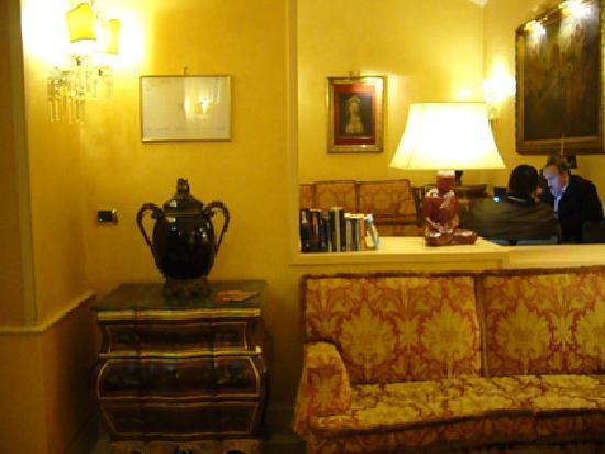 Marcella Royal Hotel: Hotel - Salón entrada
