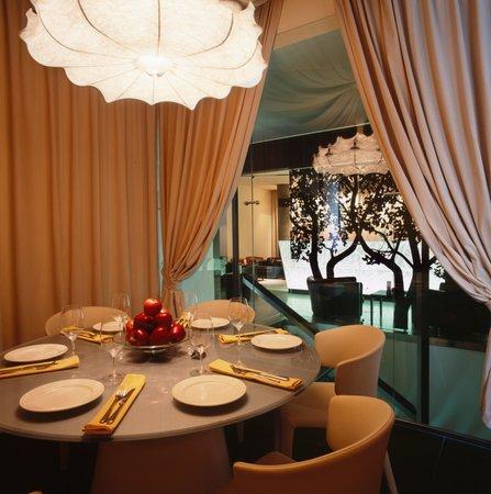 Apple Bar and Restaurant: VIP Room