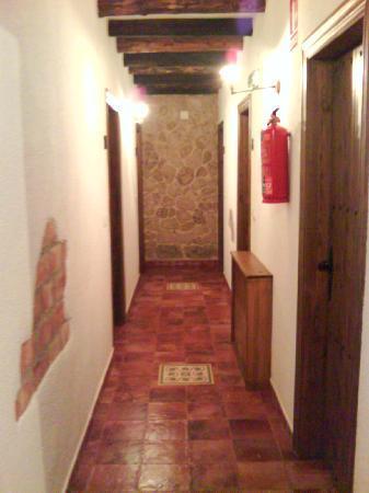 Hotel Restaurante Escobar: Pasillo del segundo piso