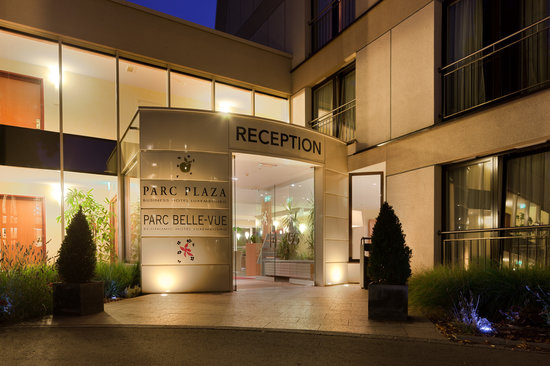 Parc Plaza Hotel Luxembourg : Main entrance of Parc Plaza