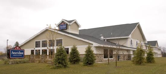AmericInn Lodge & Suites Charlevoix 이미지